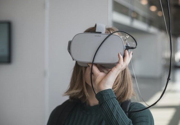 Virtual Reality and Augment Reality Gaming