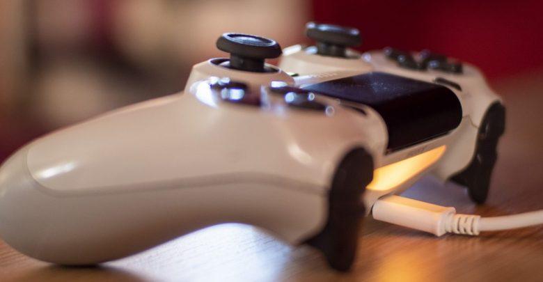 PS4 Controller Flashing White